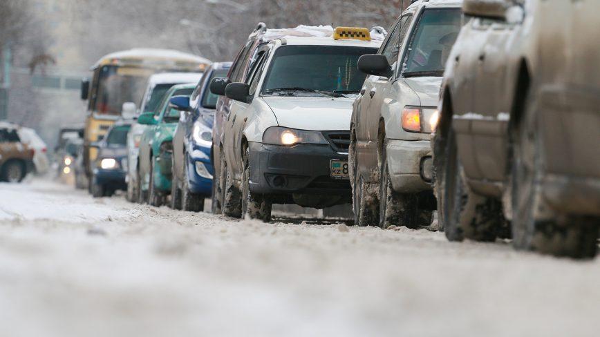 Где и в какое время на дорогах Алматы самые пробки